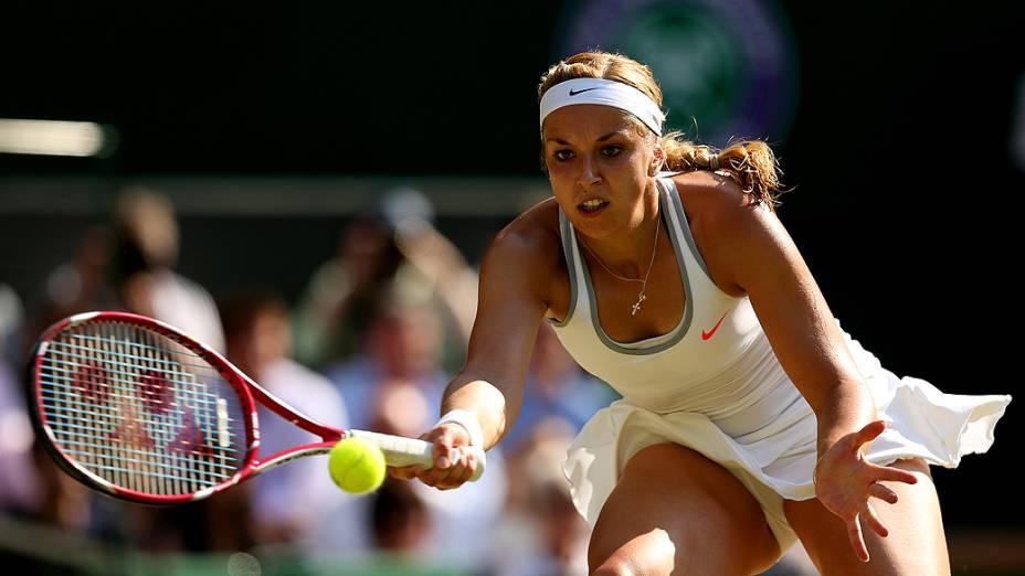 A alemã Sabine Lisicki superou Agnieszka Radwanska da Polônia, e avançou para a final de Wimbledon