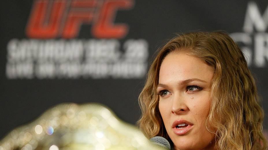 Ronda Rousey durante entrevista coletiva do UFC 168 em Las Vegas