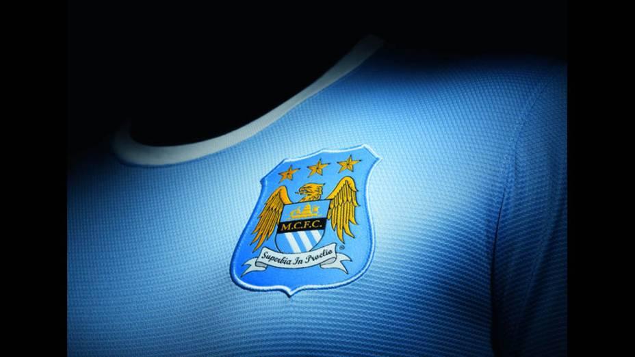 Nike apresenta novo uniforme do Manchester City