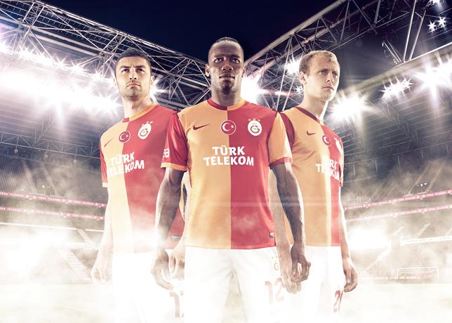 Nike apresenta novo uniforme do Galatasaray