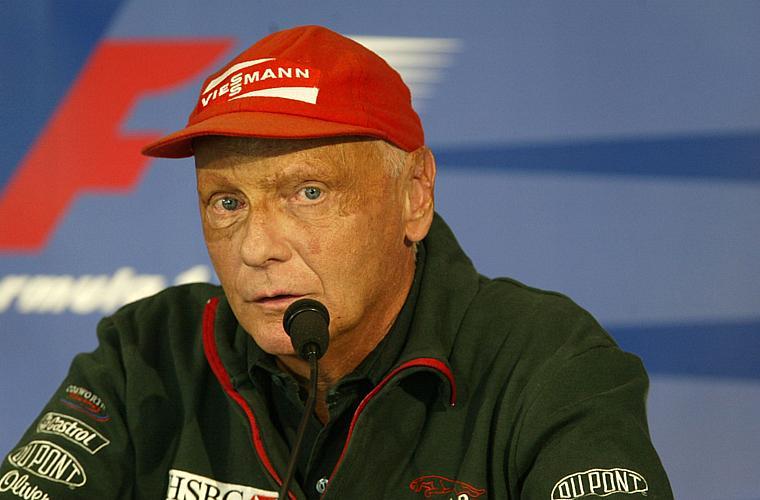 Em 1976, durante o GP da Alemanha, o piloto austríaco de Fórmula 1 Niki Lauda sofreu um acidente que o deixou com o rosto desfigurado. A cirurgia restauradora foi feita por Pitanguy, já na época considerado o melhor cirurgião plástico do mundo.