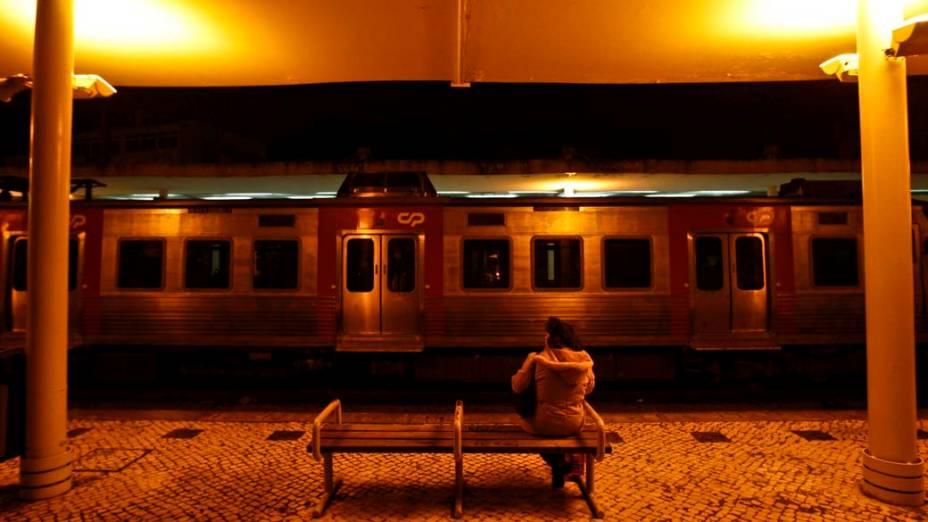 Estação de Sintra em Lisboa, Portugal. Os funcionários do transporte público entraram em greve contra o corte salarial e a privatização de empresas do setor