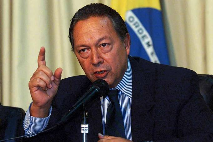 ex-ministro-pedro-malan-20020409-original.jpeg