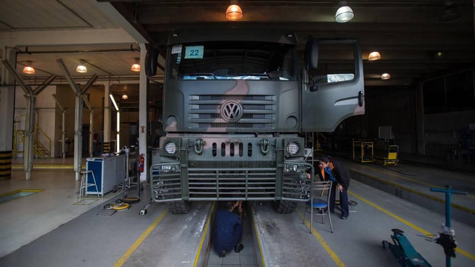 Em Porto Real, a montadora de caminhões BMB