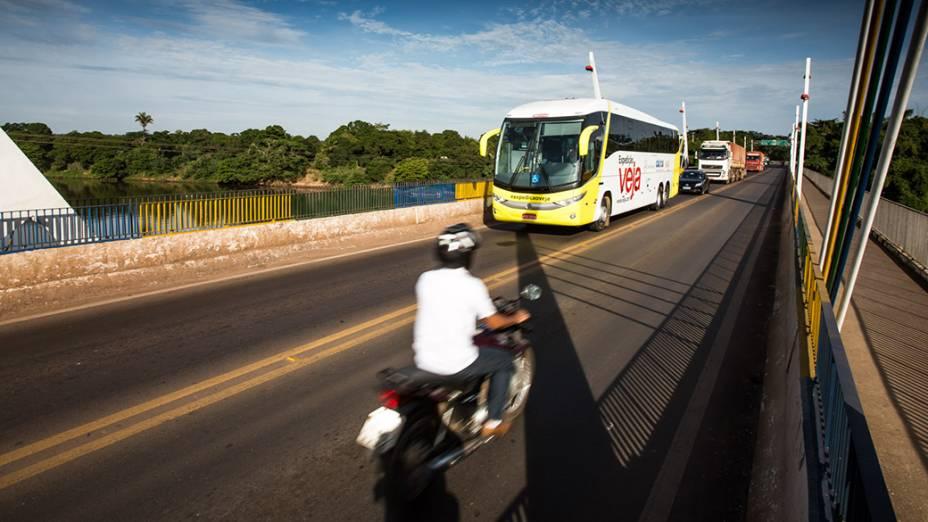 Expedição Veja deixa a cidade de Barra do Garça (MT), com destino a Brasília (DF)