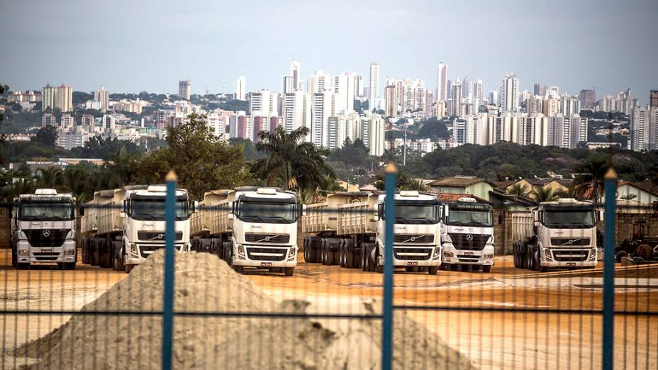 Expedição Veja passa por Goiânia, rumo à Brasília