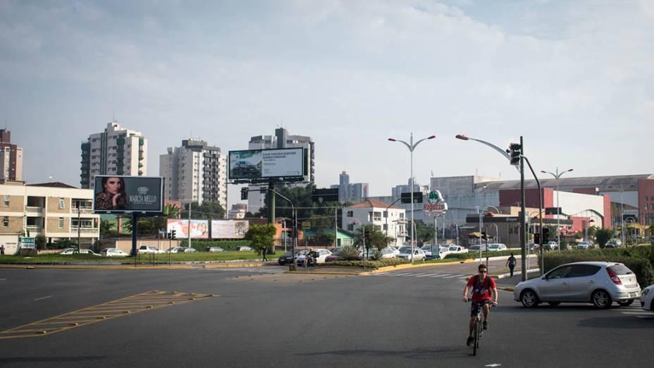 Expedição Veja pelo Brasil chega na cidade de Joinville - 08/05/2014