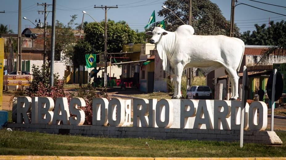 Entrada da cidade de Ribas do Rio Pardo (MS)