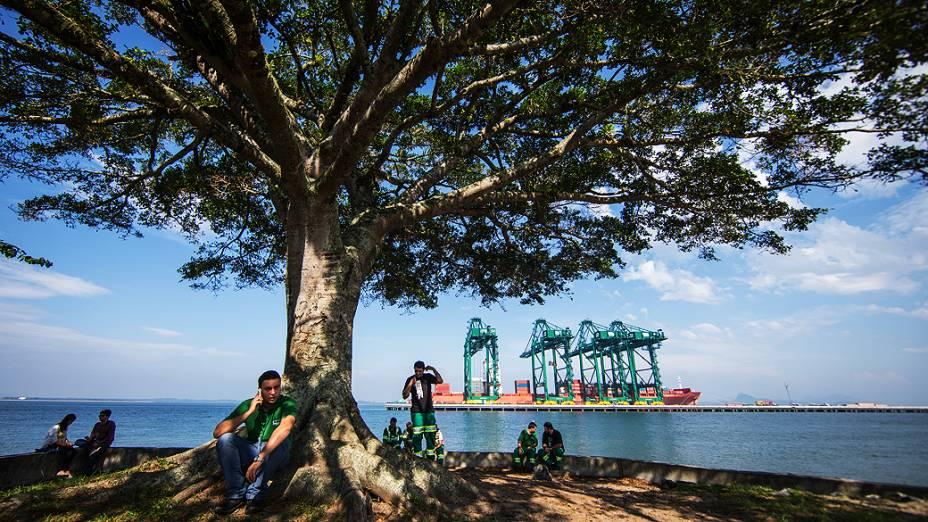 Expedição Veja pelo Brasil chega na cidade de Joinville. Na foto cenas do Porto Itapoá