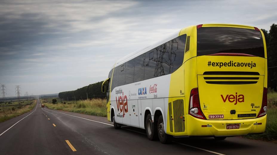Ônibus da Expedição Veja deixa a cidade de Três Lagoas (MS) com destino a Rondonópolis (MT)