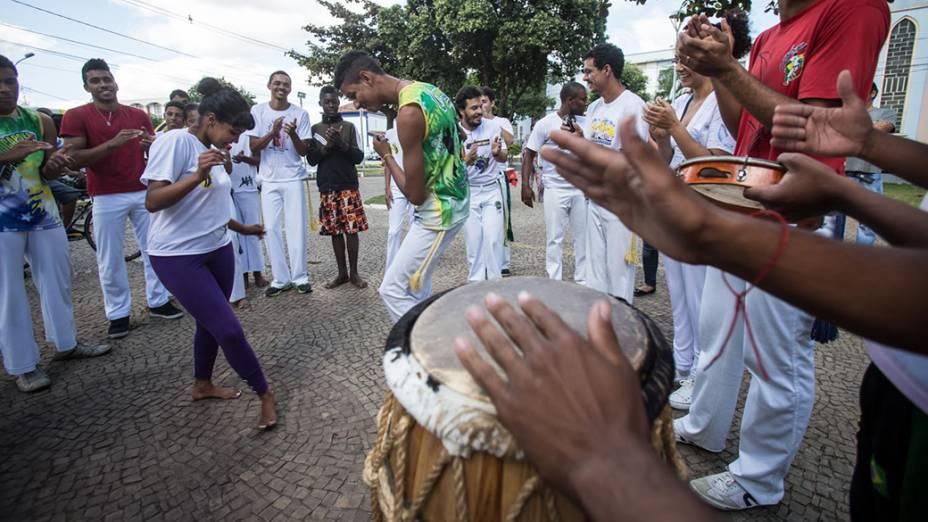 Expedição VEJA chega à cidade de Sete Lagoas (MG). Na foto, roda de capoeira na Praça Tiradentes