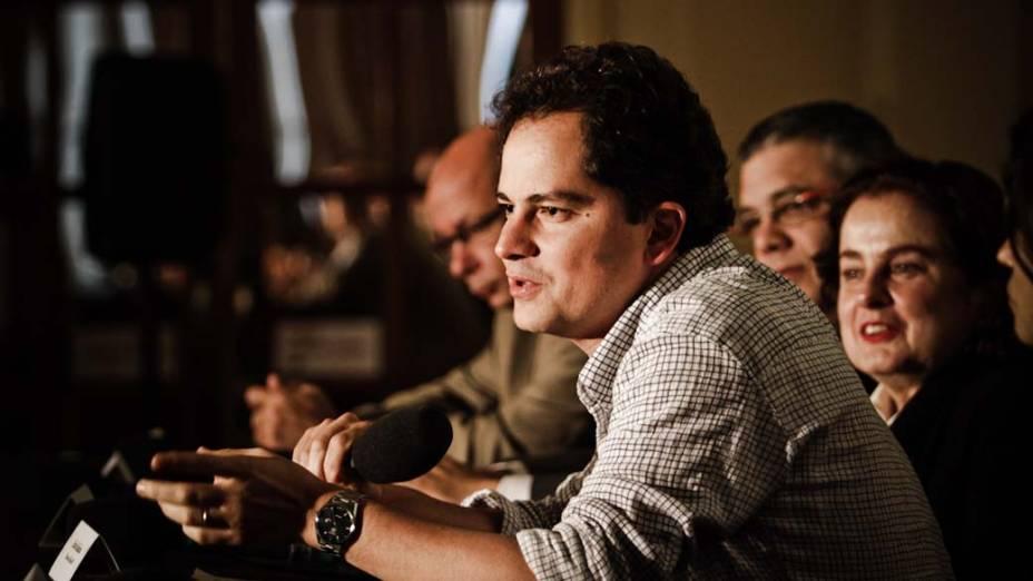 Carlos Saldanha, diretor de Rio, em exposição sobre o filme no Museu Nacional de Belas Artes