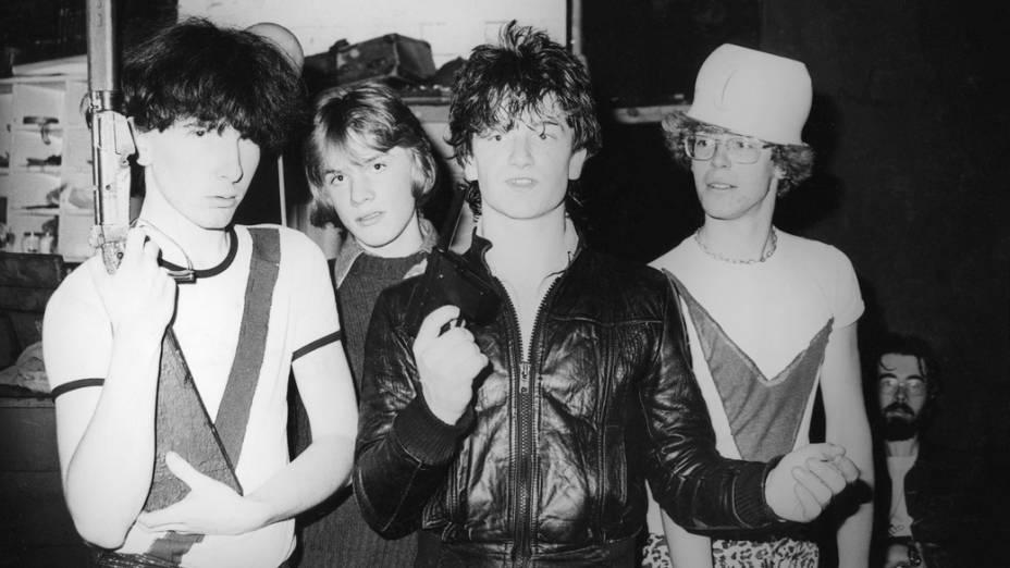 Da esquerda para a direita: The Edge, Larry Mullen, Bono e Adam Clayton; integrantes da banda até os dias de hoje