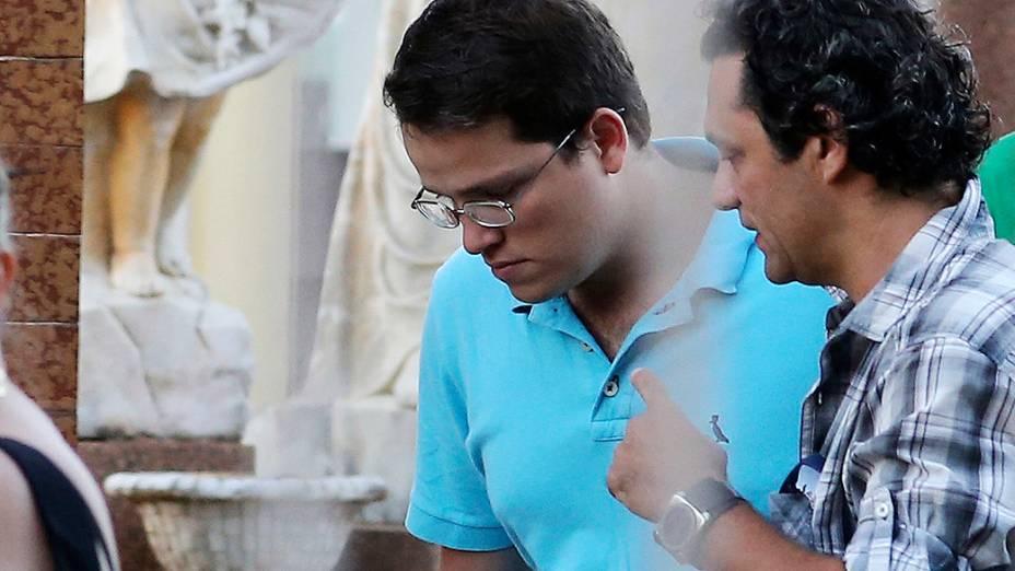 Neto de Jango, João Marcelo Goulart chega ao cemitérioem São Borja para exumação