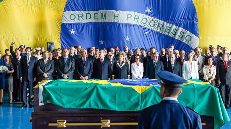 Cerimônia de chegada a Brasília dos restos mortais do Presidente João Goulart
