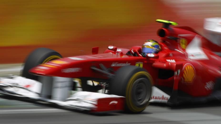 Felipe Massa, da Ferrari, durante treino do GP do Brasil - 26/11/2011