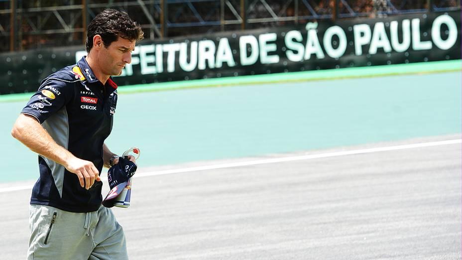 Mark Webber chega ao circuito de Interlagos, em São Paulo