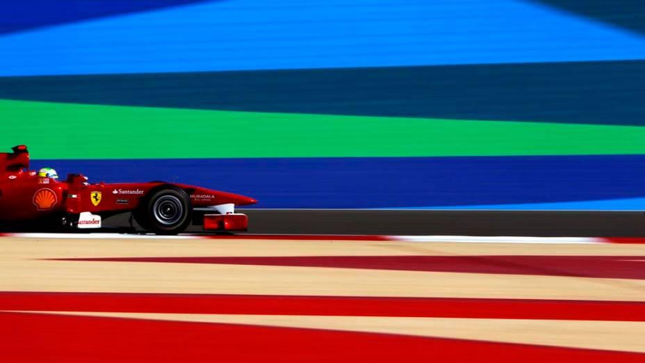 Felipe Massa, da Ferrari, nos treinos para o GP do Bahrein em 2010