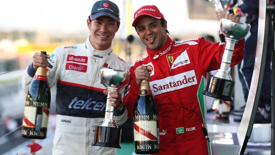 Felipe Massa (à dir.) terminou em segundo lugar, na frente do japonês Kamui Kobayashi