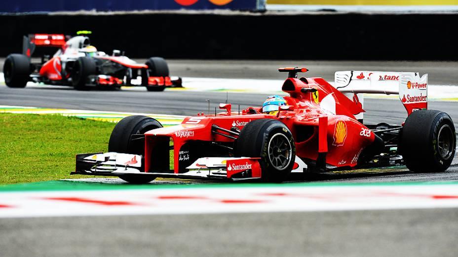 Fernando Alonso, da Ferrari, durante treino classificatório para o GP do Brasil