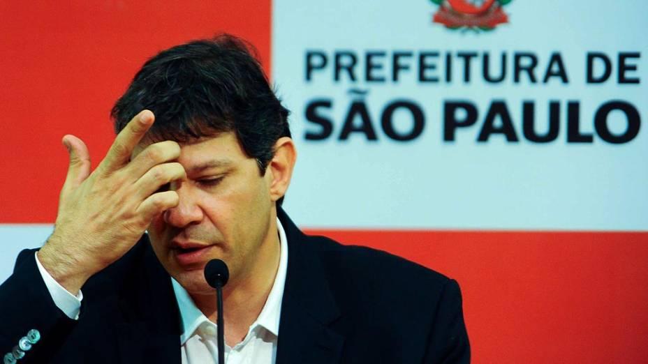 O prefeito de São Paulo, Fernando Haddad (PT), durante coletiva sobre os escândalos de corrupção e a prisão dos auditores na operação que desvendou esquema de corrupção milionário na Prefeitura - 04/11/2013