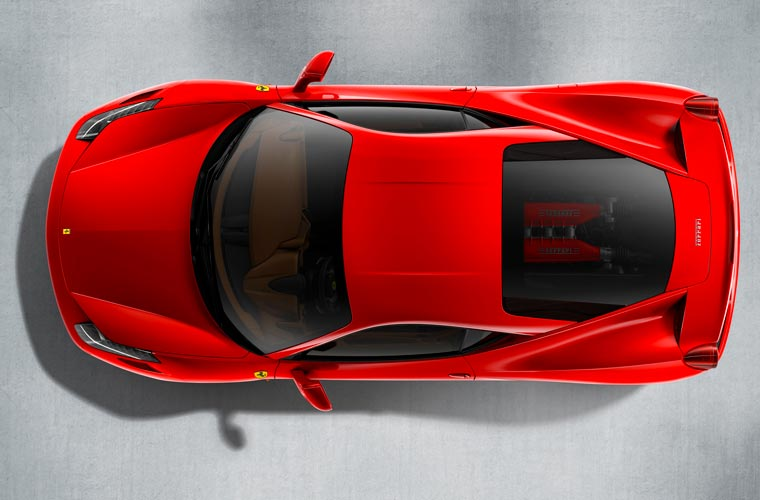 De cima, a marca do design e o motor aparente