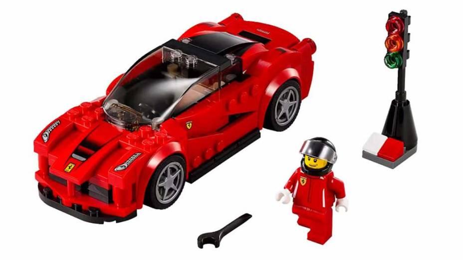 O novo modelo da Ferrari, da linha Speed Champions 2015