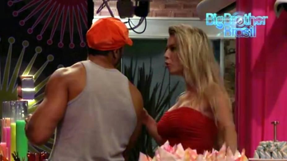 Fernanda convidou Bambam para dançar