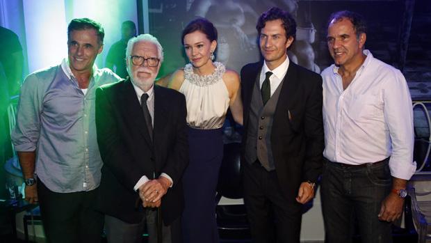 Oscar Magrini, Manoel Carlos, Julia Lemmertz, Gabriel Braga Nunes e Humberto Martins na festa de lançamento da novela Em Família
