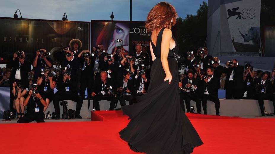 A atriz Claudia Gerini durante o 69º Festival de Cinema de Veneza, em 30/08/2012