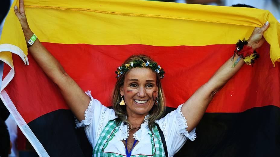 Torcedores da Alemanha comemoram o título da Copa do Mundo no Maracanã, no Rio