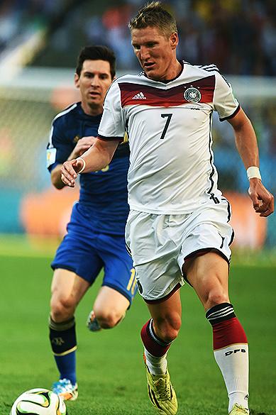 O alemão Schweinsteiger durante partida contra a Argentina na final no Maracanã, no Rio