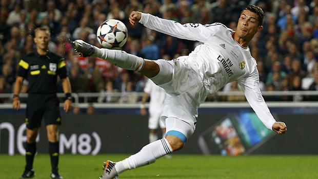 Cristiano Ronaldo na partida contra o Atlético de Madri