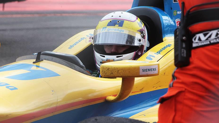 Bia Figueiredo, após acidente em prova da fórmula Indy de São Paulo