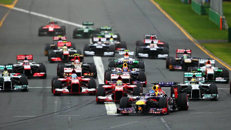 A largada do GP da Austrália de 2013: prova teve trocas na liderança
