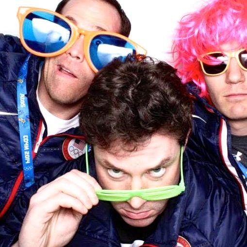 A cabine de fotos do COI em Sochi-2014: equipe de bobsled dos EUA