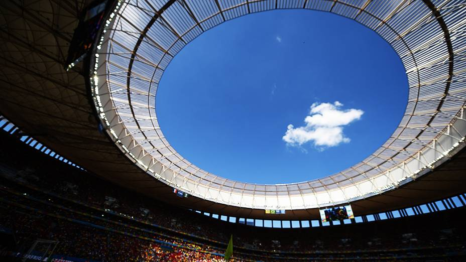 Estádio Nacional Mané Garrincha durante o jogo entre França e Nigéria, em Brasília