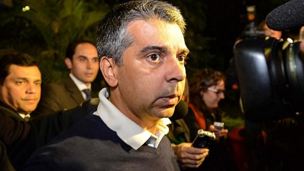 Acusado de participar de esquema de corrupção na prefeitura de São Paulo, Ronilson Rodrigues deixa prisão em São Paulo na madrugada de sábado (09)
