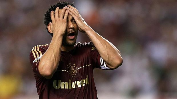 Fred lamenta mais uma chance perdida do Fluminense contra o Huachipato
