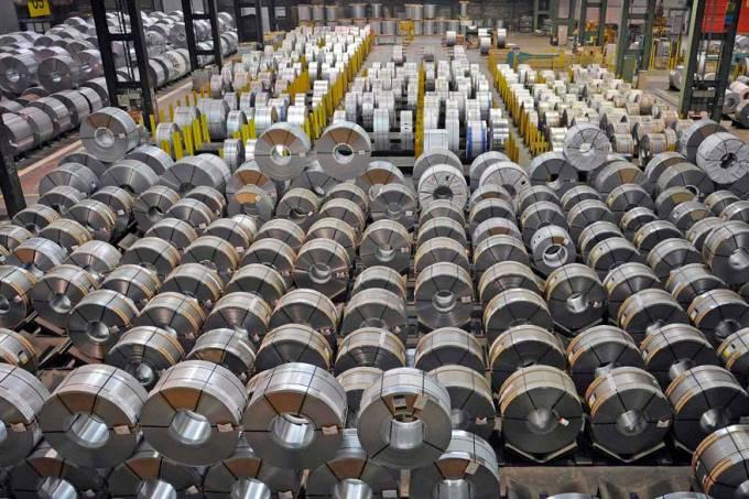 funcionario-industria-fabrica-aco-alemanha-20111114-original.jpeg