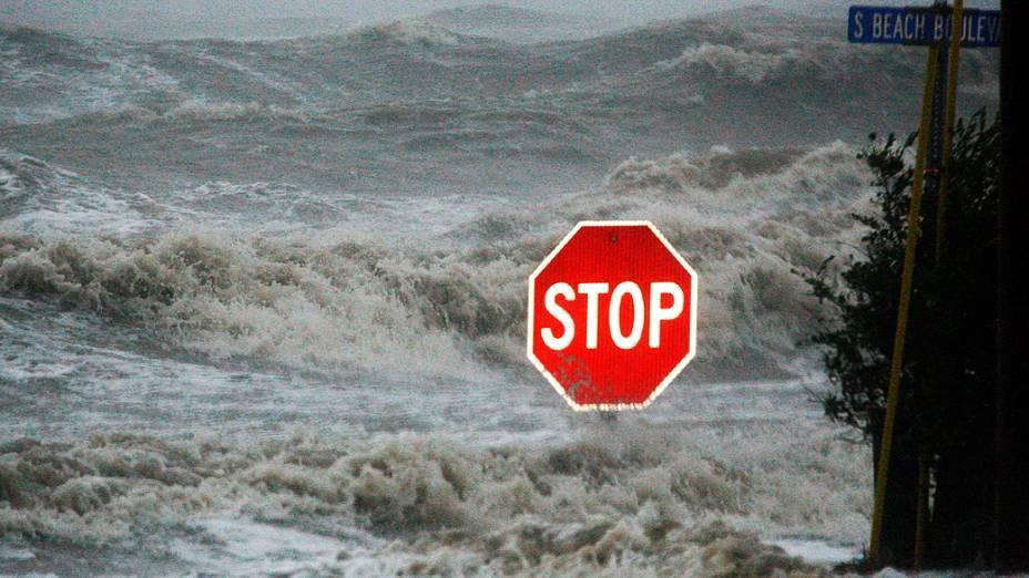O furacão Isaac causa inundações em Mississippi