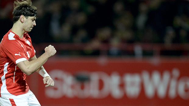 Aleksander Dragovic comemora gol contra o Brasil