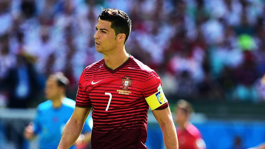 O português Cristiano Ronaldo duranteo jogo contra a Alemanha na Arena Fonte Nova, em Salvador