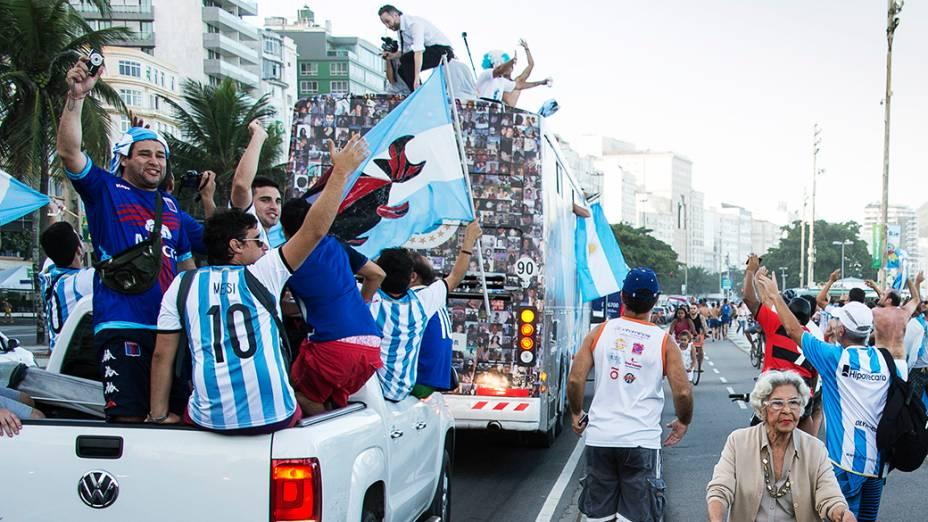 Torcedores da Argentina fazem festa no Rio de Janeiro