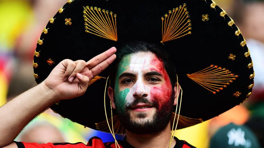Torcedor do México comparece ao jogo contra o Brasil no Castelão, em Fortaleza