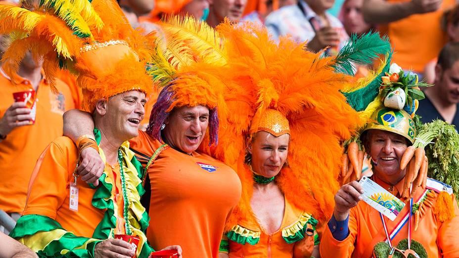 Torcedores da Holanda durante o jogo contra a Espanha, na Arena Fonte Nova em Salvador