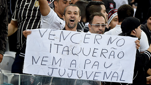 Torcida na partida Corinthians e São Paulo, no Itaquerão