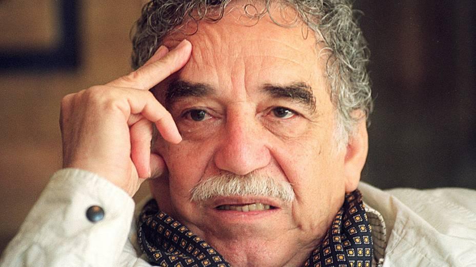 O escritor colombiano Gabriel García Márquez durante coletiva em 1994