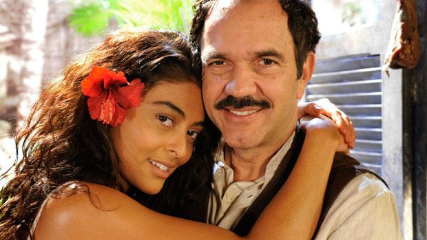 Juliana Paes, como Gabriela, e Humberto Martins no papel de Nacib em <em>Gabriela</em>