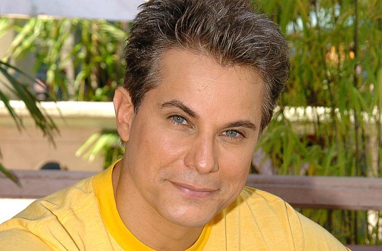 Edson Celulari, em 2005, aos 47 anos, quando interpretou o galanteador Glauco, em América.